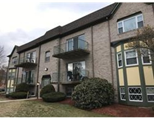 Single Family Home for Rent at 118 Oak Lane Brockton, 02301 United States