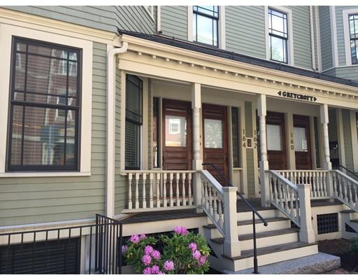 Таунхаус для того Аренда на 166 Hancock Street #1 166 Hancock Street #1 Cambridge, Массачусетс 02139 Соединенные Штаты