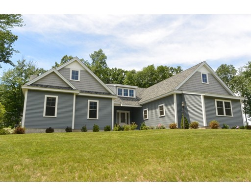 Single Family Home for Sale at 1 Acorn Way Sterling, Massachusetts 01564 United States