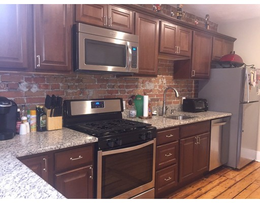 Additional photo for property listing at 28 Beacon Street  Chelsea, Massachusetts 02150 United States