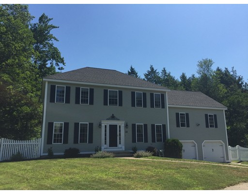 Maison unifamiliale pour l Vente à 21 VALLEY VIEW Circle Rutland, Massachusetts 01543 États-Unis