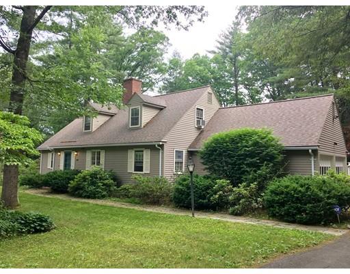 独户住宅 为 销售 在 24 Aubinwood Road Amherst, 马萨诸塞州 01002 美国