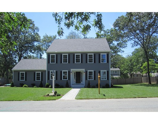 Single Family Home for Sale at 15 Vermont Avenue Natick, Massachusetts 01760 United States
