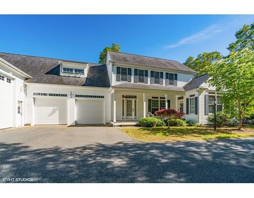 Casa Unifamiliar por un Venta en 6 Smilin Jack Lane Falmouth, Massachusetts 02536 Estados Unidos