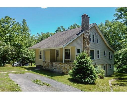 واحد منزل الأسرة للـ Sale في 850 South Main Street Athol, Massachusetts 01331 United States