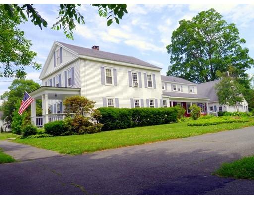 واحد منزل الأسرة للـ Sale في 50 S Main Street Sunderland, Massachusetts 01375 United States