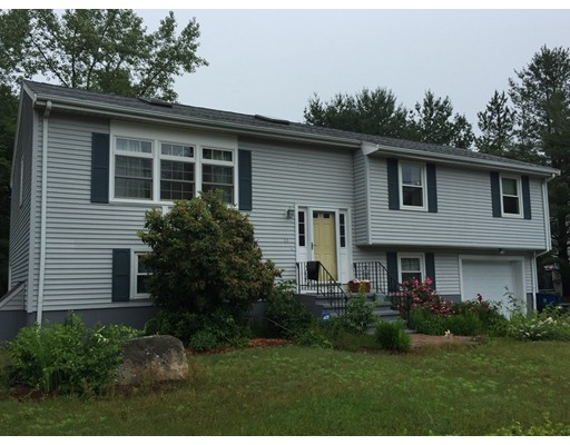 Single Family Home for Rent at 11 Lheureux Circle Randolph, Massachusetts 02368 United States