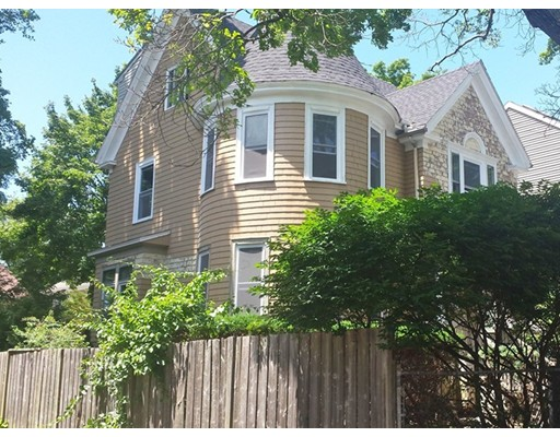 Single Family Home for Rent at 35 Aberdeen Street Newton, Massachusetts 02461 United States