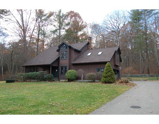 Single Family Home for Sale at 39 Town Farm Road North Brookfield, Massachusetts 01535 United States