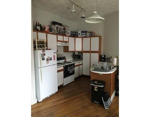 独户住宅 为 出租 在 222 North Street 波士顿, 马萨诸塞州 02113 美国
