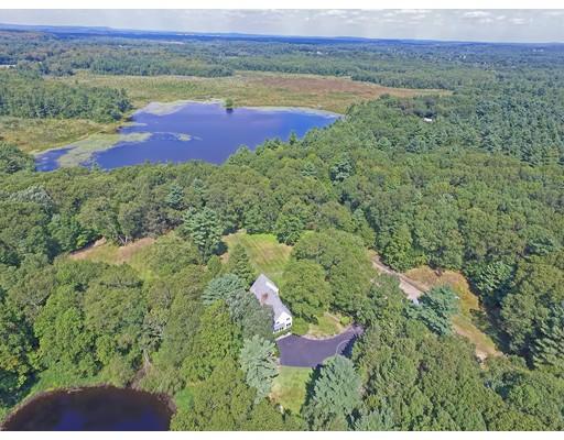 Additional photo for property listing at 127 Farm Road  Sherborn, Massachusetts 01770 Estados Unidos