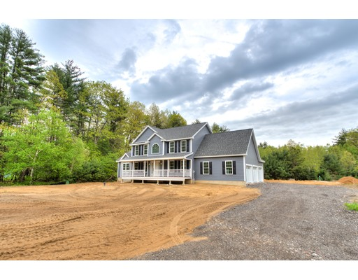 Single Family Home for Sale at Middle Road Brentwood, New Hampshire 03833 United States
