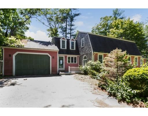 Частный односемейный дом для того Продажа на 8 Watson Street Carver, Массачусетс 02330 Соединенные Штаты