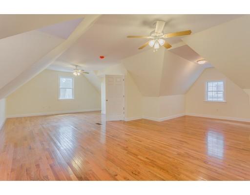 Casa Unifamiliar por un Alquiler en 30 Gaston Street Boston, Massachusetts 02121 Estados Unidos