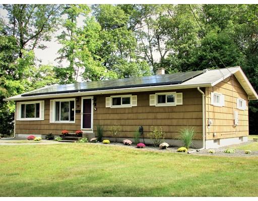 独户住宅 为 销售 在 79 Farm Street Bellingham, 马萨诸塞州 02019 美国