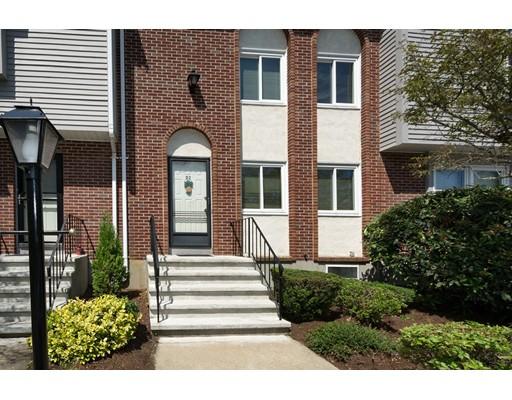 共管式独立产权公寓 为 销售 在 560 Bedford Street 阿宾顿, 马萨诸塞州 02351 美国