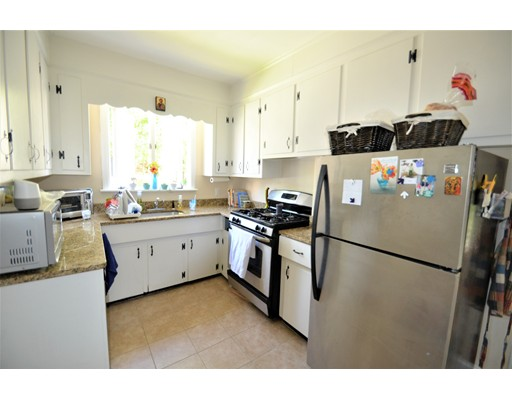 Additional photo for property listing at 313 Highland Avenue  Quincy, Massachusetts 02170 Estados Unidos