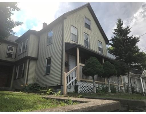 Maison avec plusieurs logements pour l Vente à 810 N Main Street Randolph, Massachusetts 02368 États-Unis