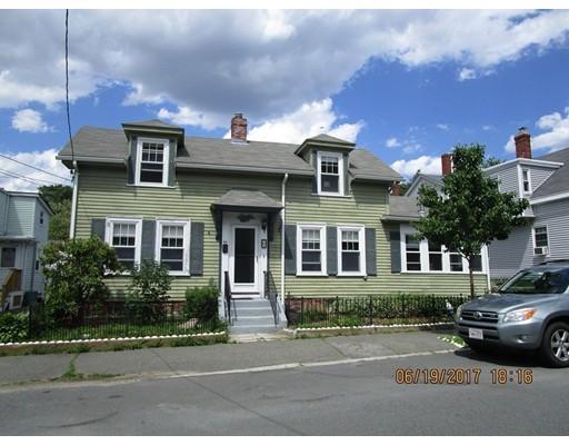 Многосемейный дом для того Продажа на 24 Charnock Beverly, Массачусетс 01915 Соединенные Штаты