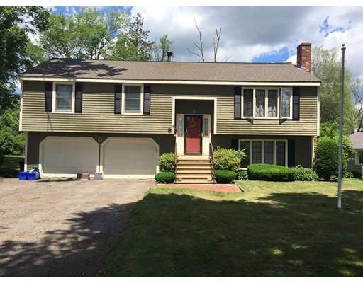 Maison unifamiliale pour l Vente à 9 Richmond Avenue 9 Richmond Avenue Milford, Massachusetts 01757 États-Unis