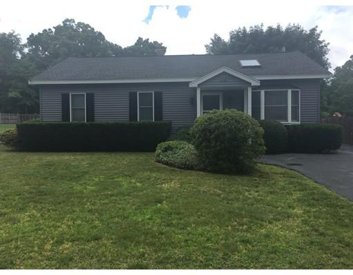 独户住宅 为 销售 在 72 Roberts Road Bridgewater, 马萨诸塞州 02324 美国