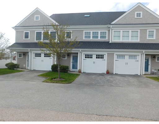 Additional photo for property listing at 320 Streetevens Street  Barnstable, Massachusetts 02601 Estados Unidos
