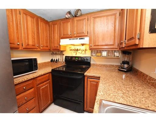 Кондоминиум для того Продажа на 22 Frenier Avenue Attleboro, Массачусетс 02703 Соединенные Штаты