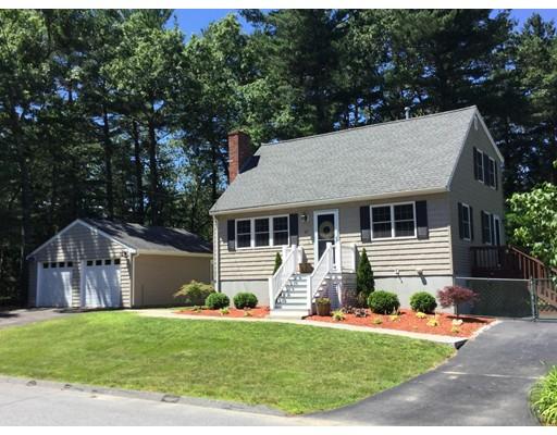 Частный односемейный дом для того Продажа на 67 Dyer Street Billerica, Массачусетс 01862 Соединенные Штаты