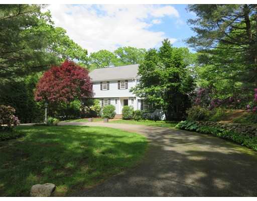 Single Family Home for Rent at 52 Arrowhead Road Weston, Massachusetts 02493 United States