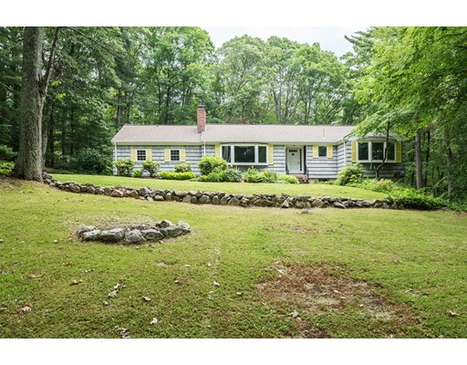 Single Family Home for Sale at 108 Woodridge Road Wayland, Massachusetts 01778 United States