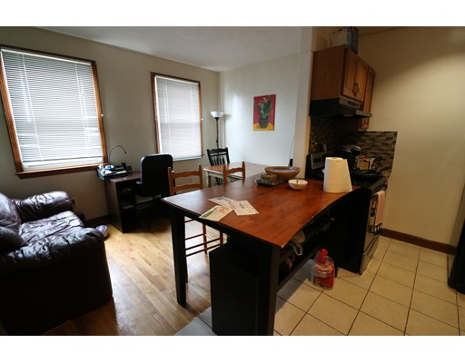 Additional photo for property listing at 206 H Street  Boston, Massachusetts 02127 United States