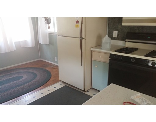 Casa Unifamiliar por un Venta en 18 Gerald Drive Middleboro, Massachusetts 02346 Estados Unidos