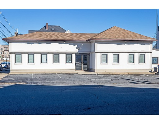 225 Rockland St, New Bedford, MA 02740
