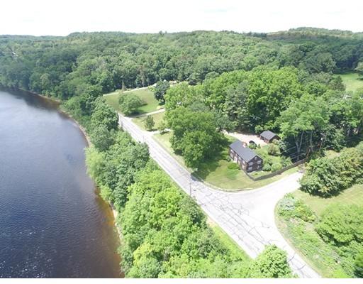 Casa Unifamiliar por un Venta en 36 River Road Merrimac, Massachusetts 01860 Estados Unidos