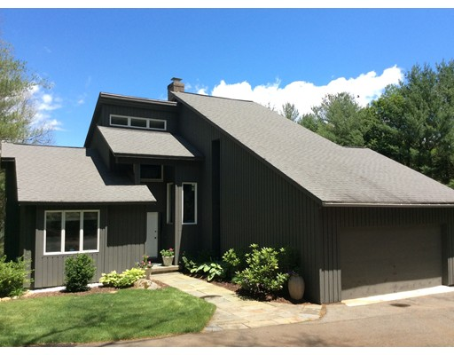 Single Family Home for Sale at 194 Crane Hill Road Wilbraham, Massachusetts 01095 United States