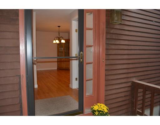 Casa Unifamiliar por un Alquiler en 2 Adams Lane Westford, Massachusetts 01886 Estados Unidos