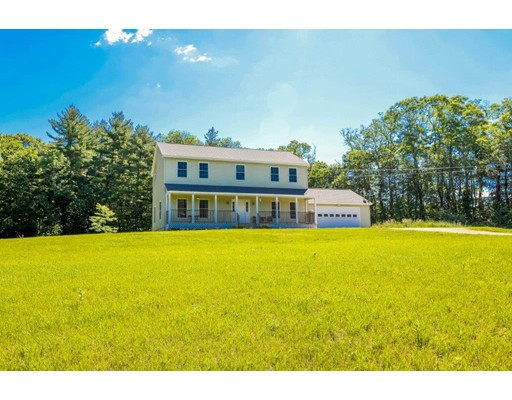 Single Family Home for Sale at 43 Oak Hill Lane Epping, New Hampshire 03042 United States