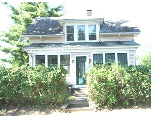 27 Forest St, Chicopee, MA 01013