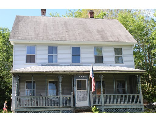 Casa Unifamiliar por un Venta en 124 Ferry Street Grafton, Massachusetts 01560 Estados Unidos