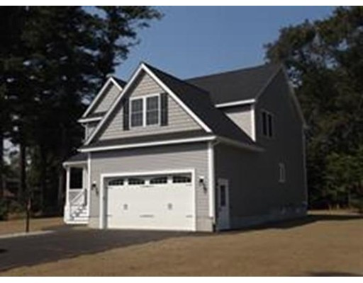 Single Family Home for Sale at 2 Marjorie St Ext 2 Marjorie St Ext Methuen, Massachusetts 01844 United States