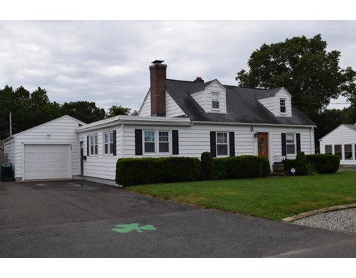 Additional photo for property listing at 117 Frontenac Street  Chicopee, Massachusetts 01020 Estados Unidos