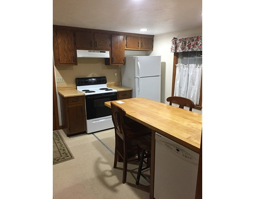 Single Family Home for Rent at 21 Main Street Mendon, Massachusetts 01756 United States