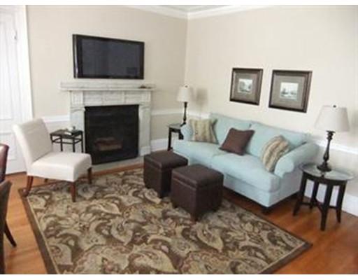 独户住宅 为 出租 在 49 Beacon Street 波士顿, 马萨诸塞州 02108 美国