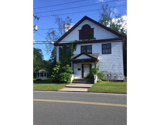 Single Family Home for Sale at 64 Main Street Russell, Massachusetts 01071 United States