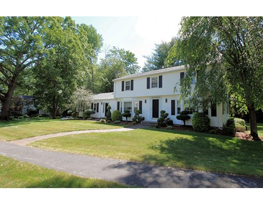 Casa Unifamiliar por un Venta en 1 Leyton Road Worcester, Massachusetts 01609 Estados Unidos