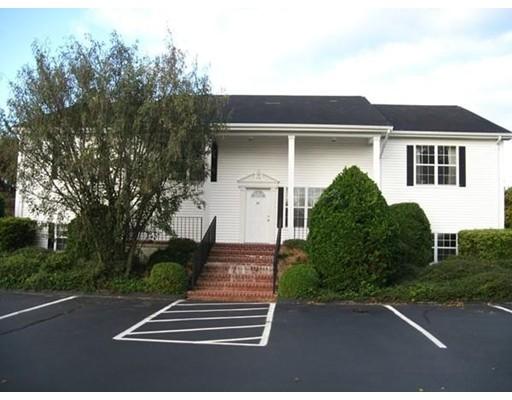 Additional photo for property listing at 49 Slocum Road 49 Slocum Road Dartmouth, Massachusetts 02747 Estados Unidos
