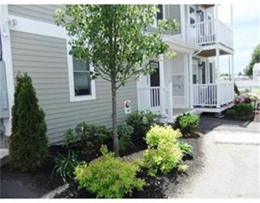 Single Family Home for Rent at 10 Malta Street Hull, Massachusetts 02045 United States