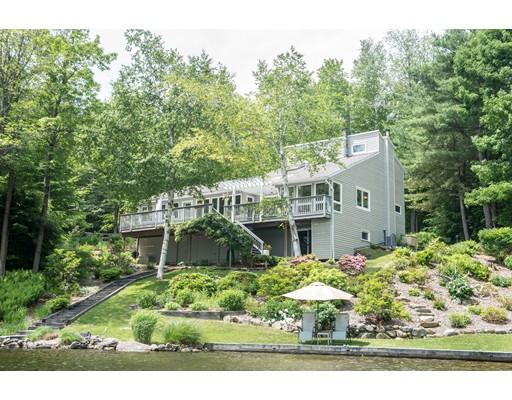 Maison unifamiliale pour l Vente à 92 Porcupine Point Road Tolland, Massachusetts 01034 États-Unis