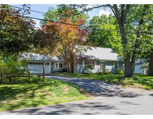 Casa Unifamiliar por un Venta en 22 Birch Road Longmeadow, Massachusetts 01106 Estados Unidos