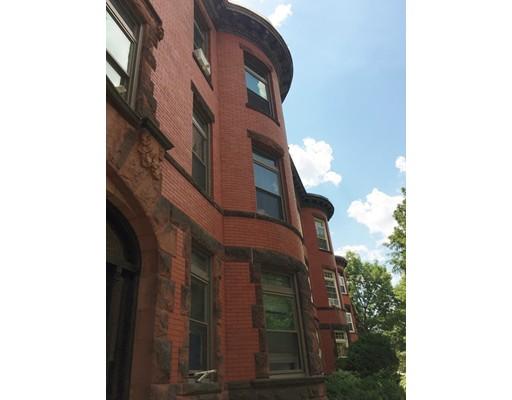 独户住宅 为 出租 在 1911 Beacon Street 布鲁克莱恩, 马萨诸塞州 02445 美国